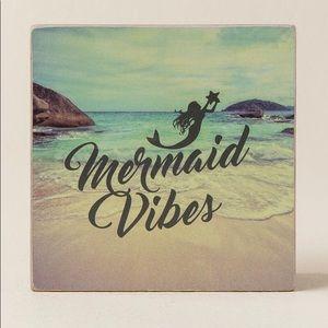 Mermaid Vibes Box Sign